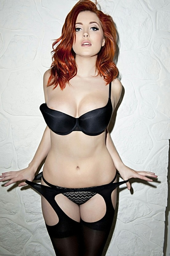 Curves (Adults Only) / Black Lingerie