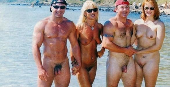 Nude and Beach - Beauty Beach Girl Photo