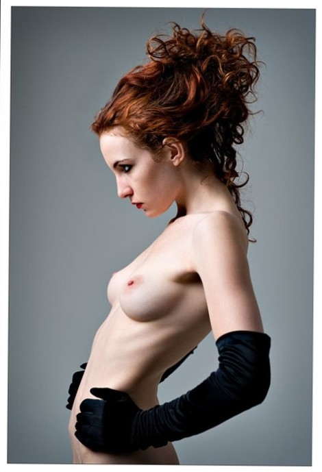 Sexy lesbian alice seduces alexis fawx