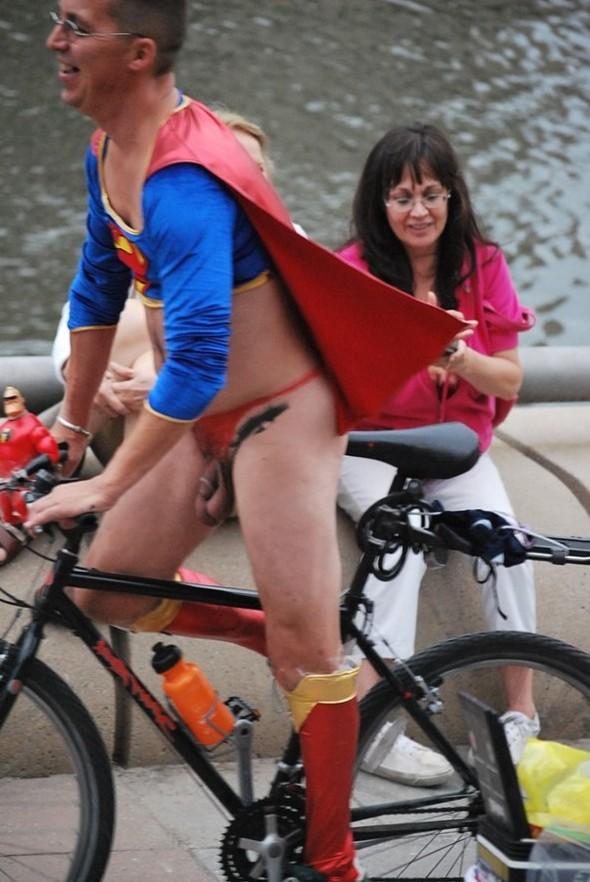 Cunts on Public - Nude Girls In Public Parks