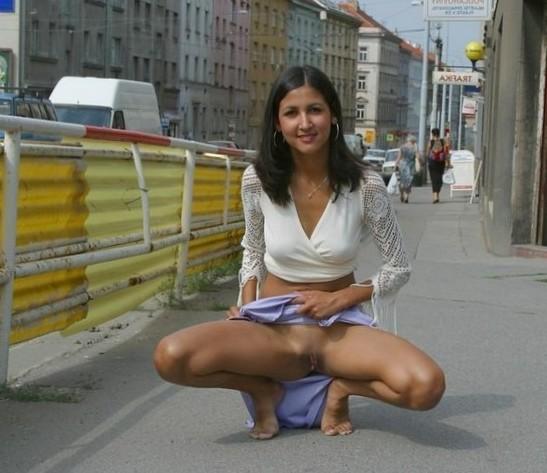 Indian upskirt on street
