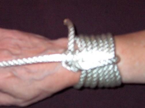 Wrist restraint
