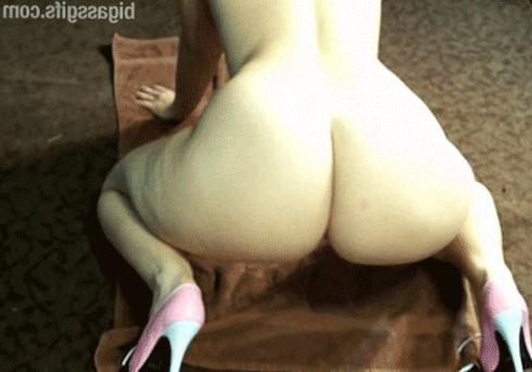 hot ass whobble