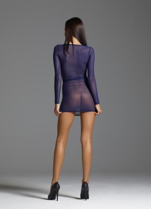 — Ciao Elena, ti piace il vestito che ho comprato per il tuo matrimonio?