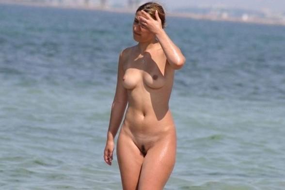 Nude and Beach - Huge Boobs Beach