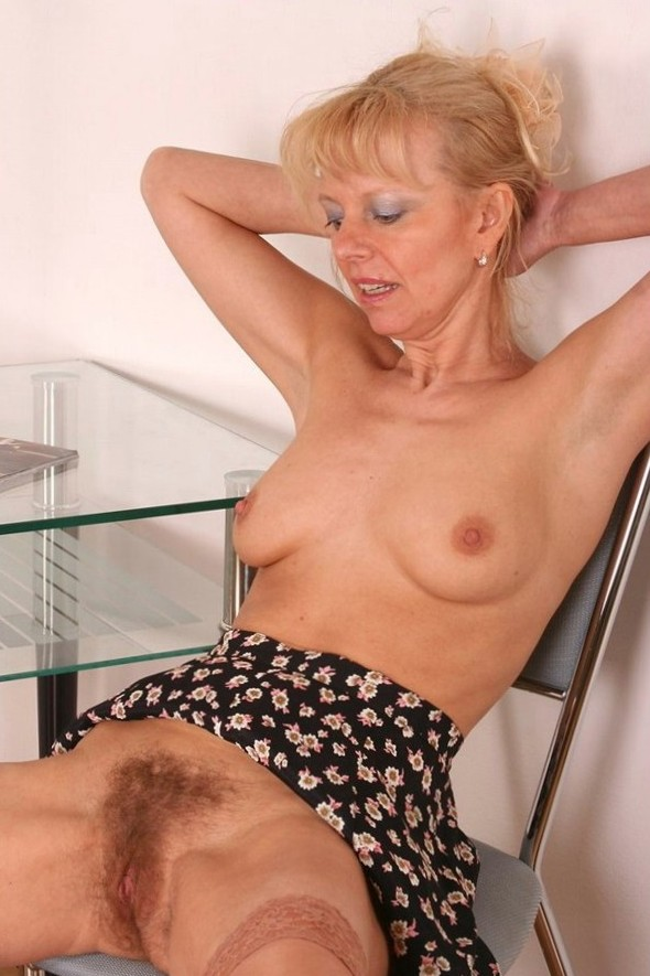 in gallery Hairy Blondes (Picture 1) uploaded by TROCMAN